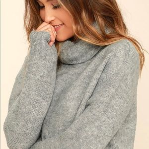 women's high/low sweater
